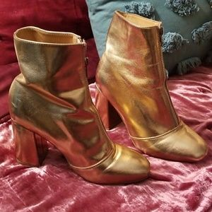 Rose gold forever 21 booties size 7